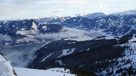 Zell am See, Цел ам Зее, изглед от пистите към езерото