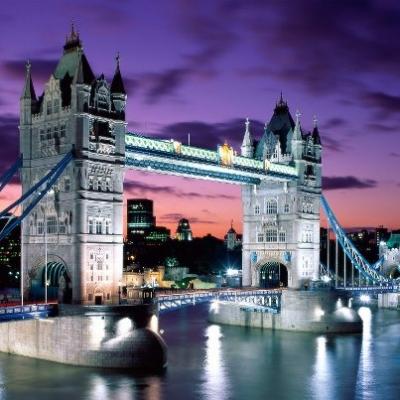 Англия, Мостът Тауър Бриндж в Лондон