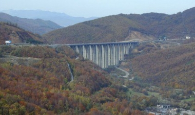 Бънджи-скокове - мостът над Витиня