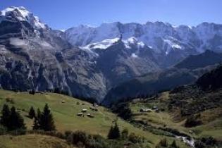 Топ 10 на най - предпочитаните уикенд дестинации за ски тупризъм в Алпите!