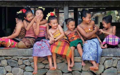 Бали. Местните са щастливи.