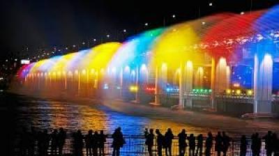"""Мостът """"Банпо""""-Сеул-Корея"""