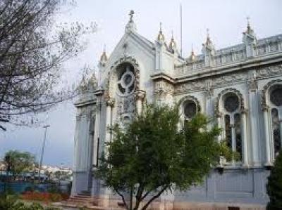 Работно време и цени за вход на Желязната църква Свети Стефан , Истанбул  - Турция