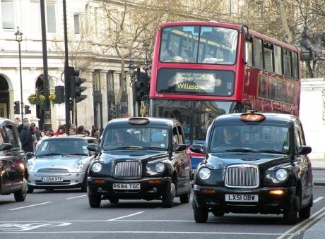 Шофиране във Великобритания, кола Англия, пътуване с кола в Англия