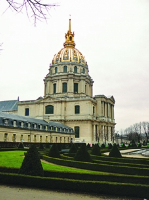 Дома на инвалидите и гробницата на Наполеон