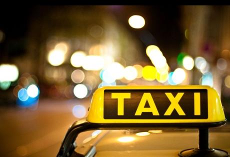 Таксиметрови услуги във Виена